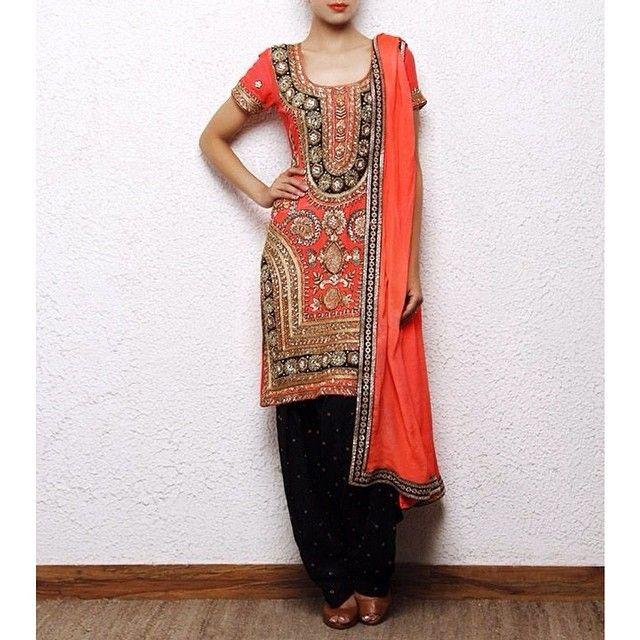 panachehautecouture:  #Patiala #party #salwar #suit #punjabi   Punjabi Fashion Blog