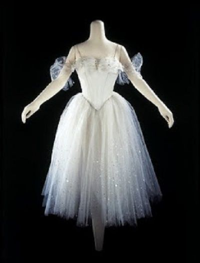 The first tutu is credited as appearing in Paris in 1832 on Marie Taglioni in La Sylphide. Description from pinterest.com. I searched for this on bing.com/images