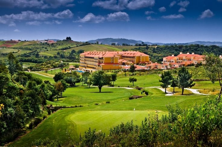 Campo Real Golf Hotel is a resort nestled in the Torres Vedras district of western Portugal. Located just 30 minutes north of Lisbon and 20 minutes from the beaches of the west coast.