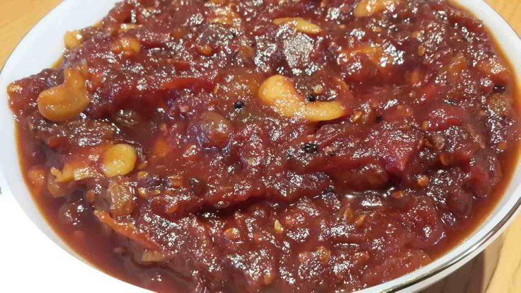 A quick Tomato Chutney Recipe (also called Tamatar ki Chatni) goes specially well with Aloo paratha, Pakodas and Samosa. Enjoy this dish from the East India.