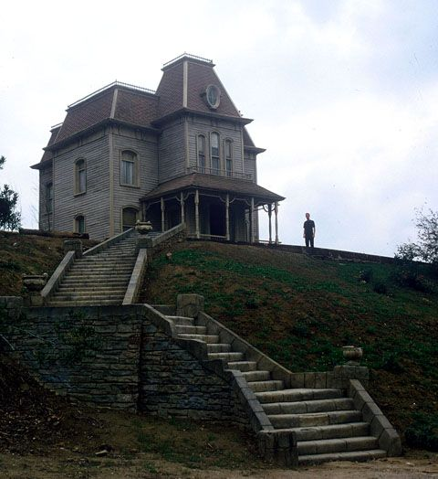 Psycho house. One of the greatest moments ever was seeing this in real life