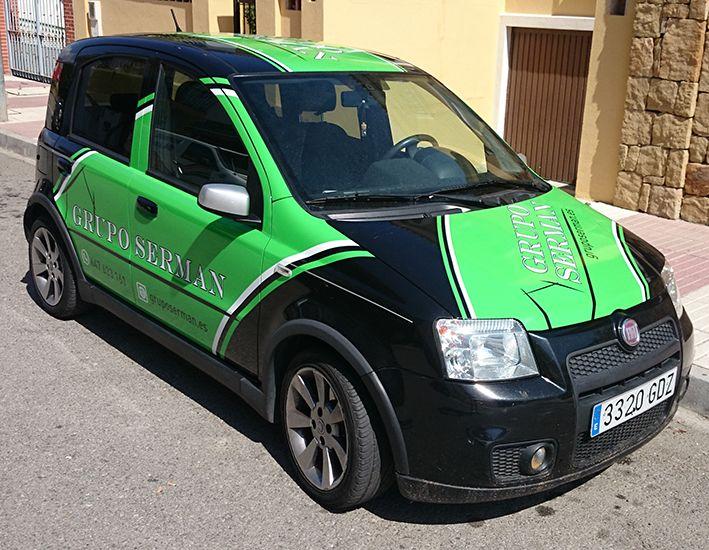 Fiat Panda Grupo Serman lateral y capó
