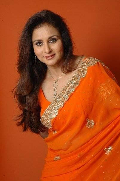 Many Many Happy Returns Of The Day Poonam Dhillon Ma'am (Bollywood Actress & Femina Miss India Honored). Stay tuned on FilmyTune. #HappyBirthday #PoonamDhillon
