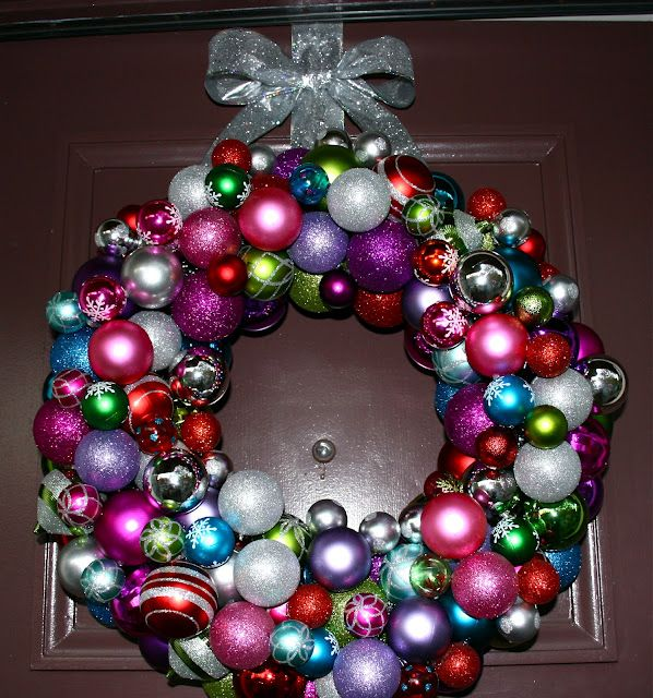 Christmas ornament wreath | Oh I want a hippopotamus for ...