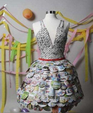 ¿Y si haces un vestido con tu periódico favorito? | Clases de Periodismo - via http://bit.ly/epinner