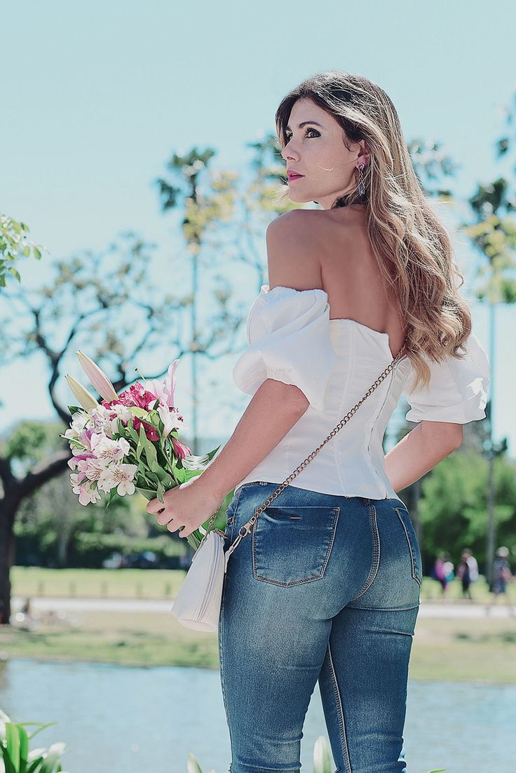 STRAPLESS #fashion #womensfashion #women #moda #modafeminina #ropa #mujer #flowers #flores
