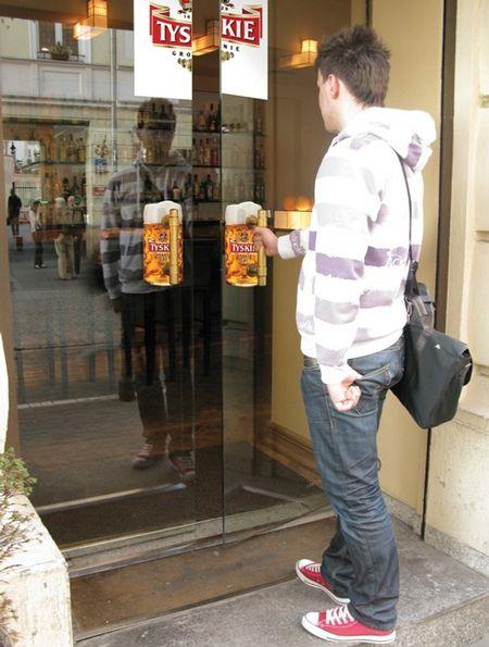Guerrilla Marketing: Tyskie Beer Door Handles: I Observed That The Campaigns, The Doors, Doors Handles, Creative Advertising, Brilliant Noticed, Beer Advertising, Advertising Campaigns, Tyski Beer, Handles Adverti