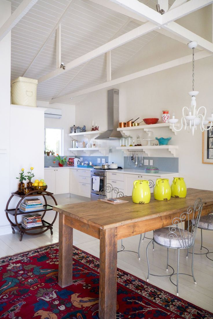 House Tour An Eclectic Cottage in Cape