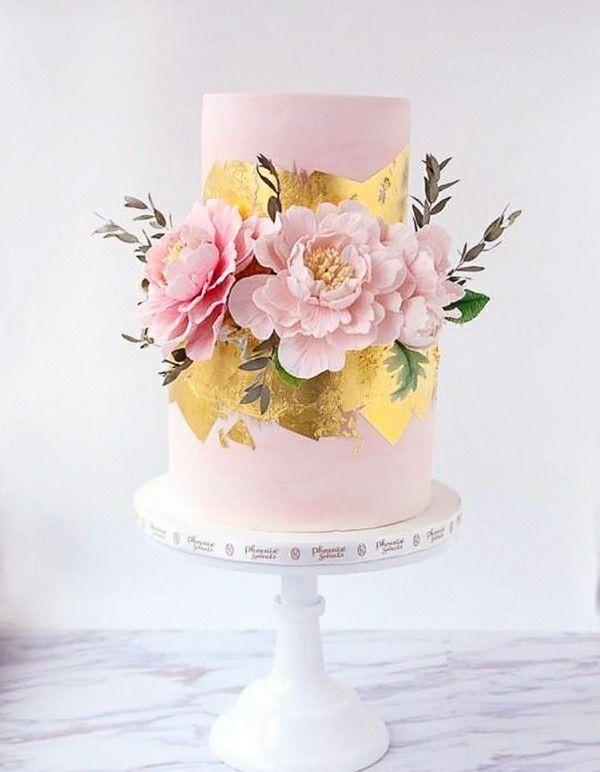 romantische Hochzeitstorten mit Blumen   – Moderne Hochzeitstorten – Modern Wedding Cakes
