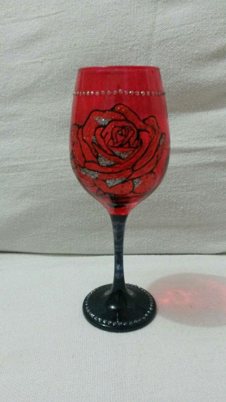Taça rosa vermelha