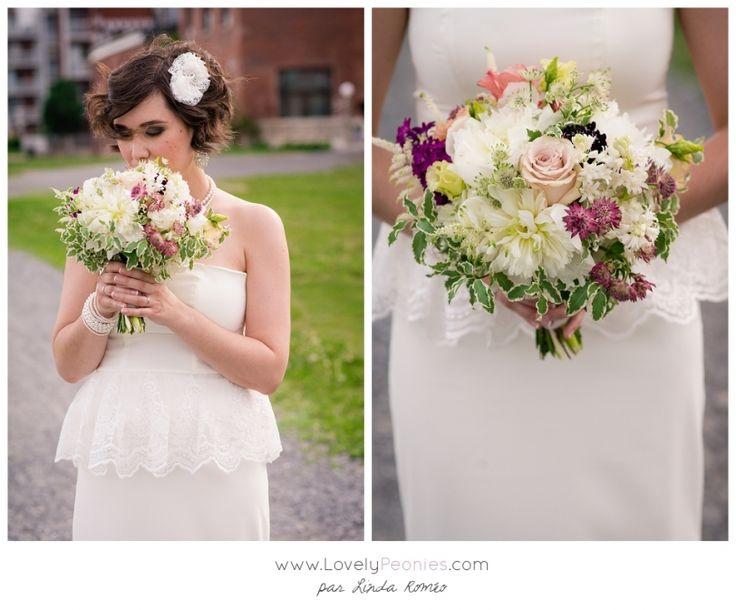 www.lovelypeonies.com - Photographe de mariage à Montréal - Mariage intime et rétro au canal Lachine - Restaurant L