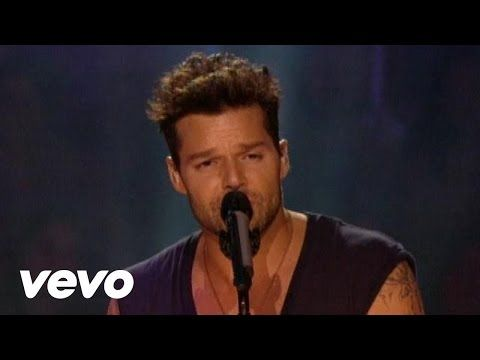 "Ricky Martin - Tu Recuerdo ft. La Mari de ""Chambao"" - YouTube"