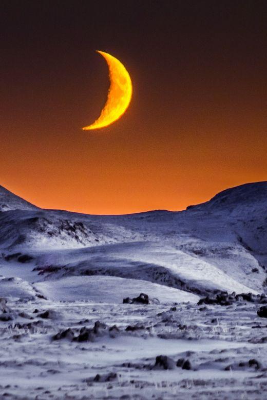 """packlight-travelfar: """" (via 500px / Lunar Landscape by Derek Kind) """""""