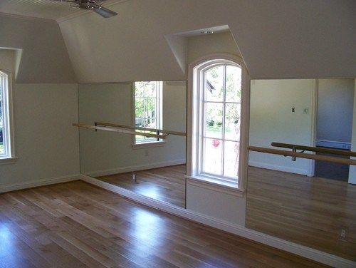 Possible easy idea for at home gym in the apartment! Closet doors in a big space in my room or something - mirrors, yoga mat! :D