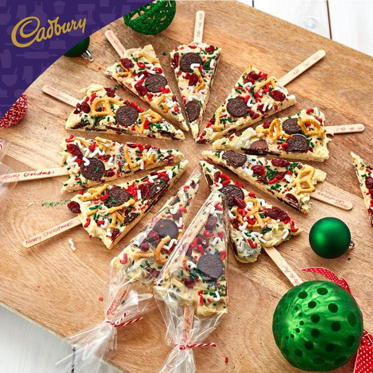 These delicious Chocolate Bark Christmas Tree Pops will get everyone excited for Christmas! For a delightful edible gift for friends, simply follow my easy recipe. - Trish #bakeitcadbury #baking #chocolate #diygifts #oreo #christmas