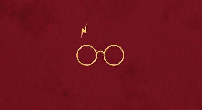 Outline Of Harrys Glasses Lightning Scar Hogwarts Wallpaper On Red Ba In 2020 Desktop Wallpaper Harry Potter Laptop Wallpaper Desktop Wallpapers Harry Potter Wallpaper