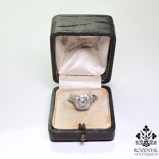 http://rubies.work/0577-emerald-rings/ Antique Art Deco Platinum Diamond & Emerald Ring (hva)