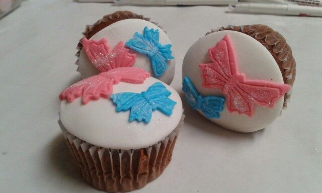 Cupcakes mariposas de chocolate