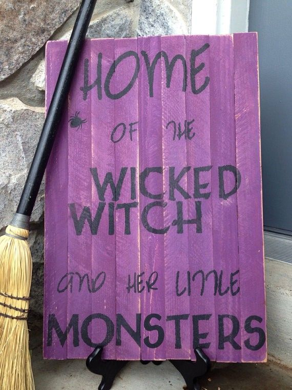 Hand Painted Halloween Sign Witch and Monster Pallet Sign - 2014 Halloween decor #Halloween