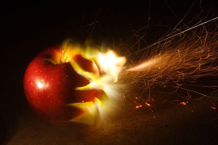 exploding apple - Google Търсене