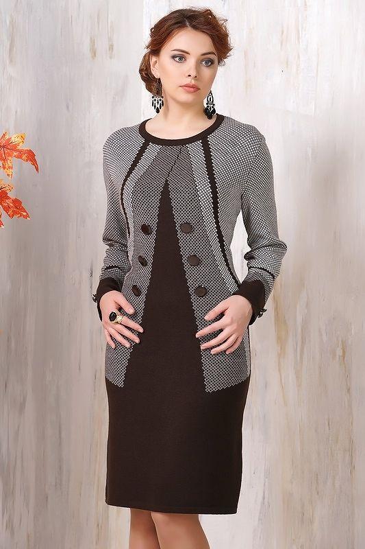 Оригинальное осенне-зимнее платье приталенного кроя, длиной – до колена 2015 фото