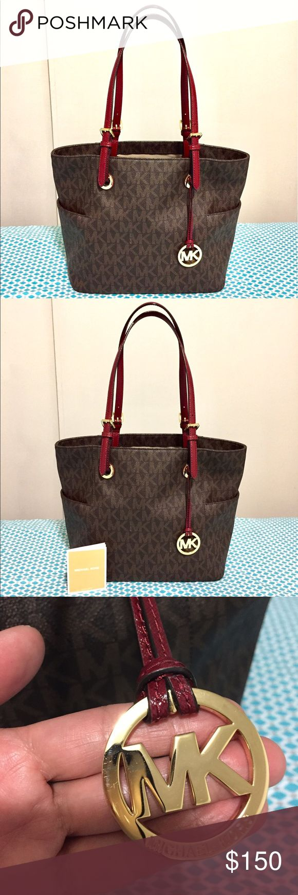 💗Michael Kors Jet Set Travel Tote Barely used it since I bought it  earlier this year. Took care of it well. Michael Kors Bags Totes