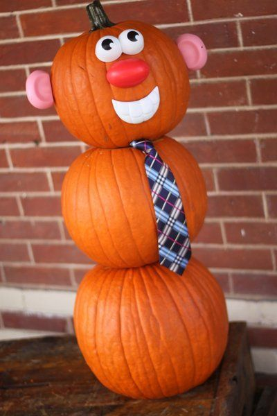 Make a Mr. Pumpkin Man (aka snowman made of pumpkins) using Mr. Potato Head pieces! A fun no carve pumpkin decorating idea great for kids!