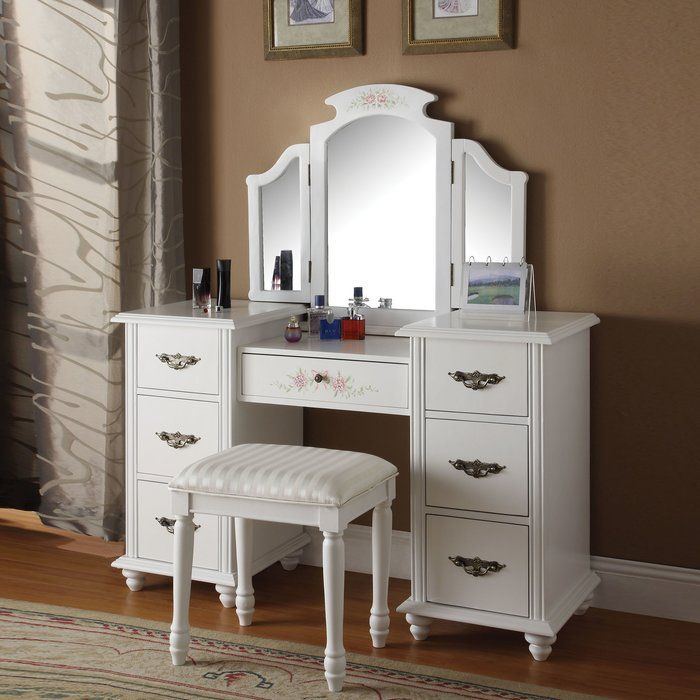 Torian Vanity Set With Mirror Bedroom Vanity Set White Bedroom