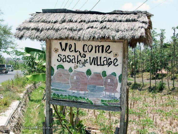 Desa tradisional Ende (Ende traditional village). A traditional village in Central Lombok, Indonesia. For more information, please visit www.LombokExplore.com.