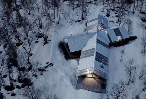 Cabin at Femunden. Architect: Aslak Haanshuus Arkitekter.