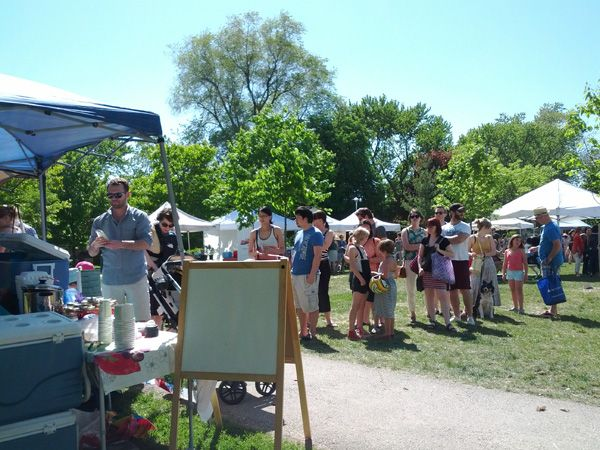 Sorauren Park Farmers' Market is fun for the whole family! @soraurenpark @westendfoodcoop 3pm-7pm today and every monday