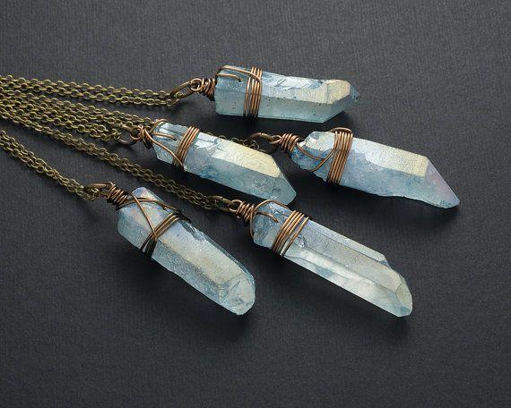 Licht blauwe engel Aura kwarts ketting bronzen rauwe kristal ketting punt ruwe Quartz genezing tegenhanger van het kristal Boho Gemstone laag ketting