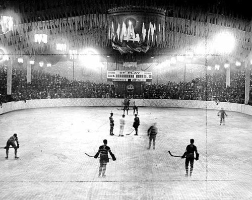 Minneapolis vs. St. Paul at Minneapolis Arena, located at 29th and Dupont in Uptown, 1925
