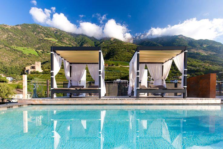 Kuschelliegen mit 360° Panoramablick auf die Berge im Hotel Feldhof