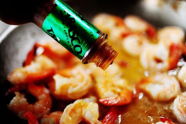Pioneer Woman's Shrimp Scampi. Sounds so delicious!!