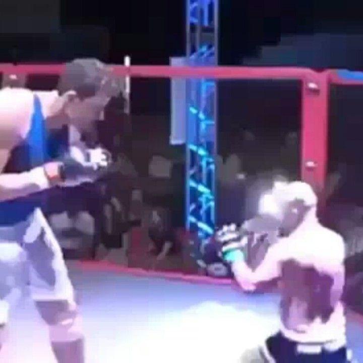 Cuando tu hermano menor pelea con vos. #MiércolesGabán #pelea #hermano #UFC #deporte #enano #ElSalvador #SrElMatador