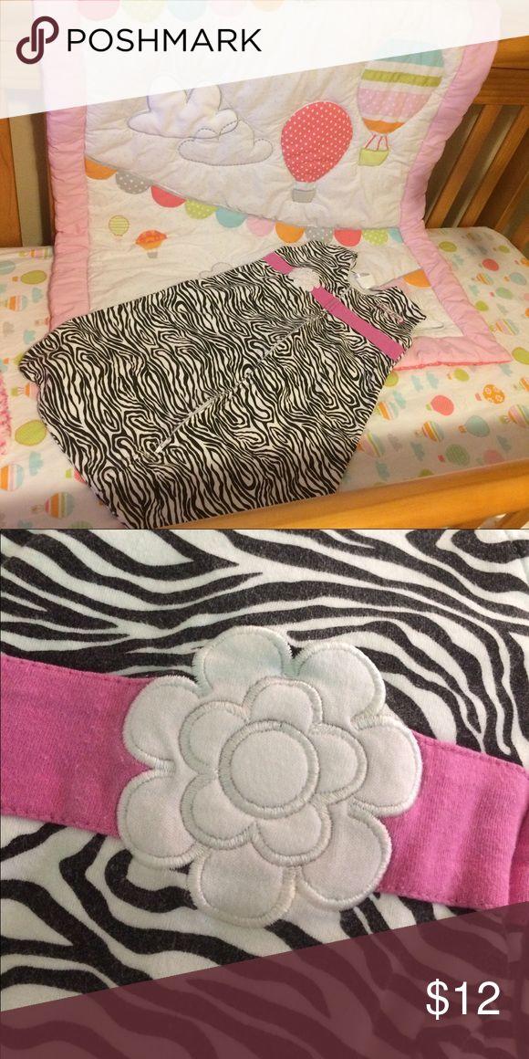 Zebra print medium size SleepSack This gently used SleepSack is in great condition and ready to snuggle with it's next owner. Halo Pajamas Sleep Sacks