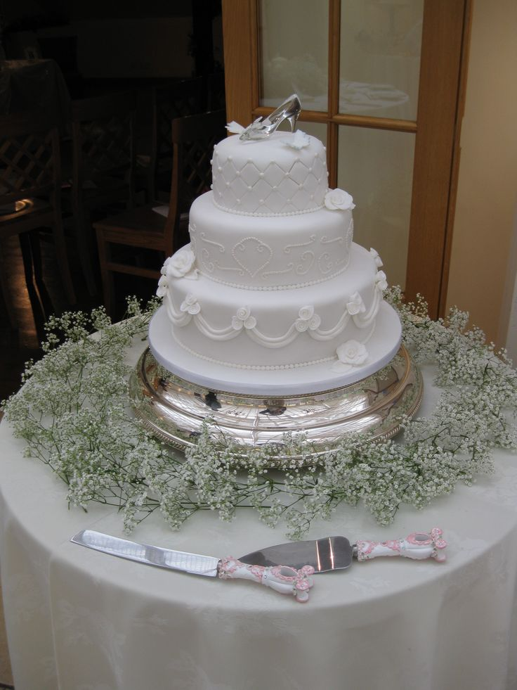 Cinderella inspired wedding cake
