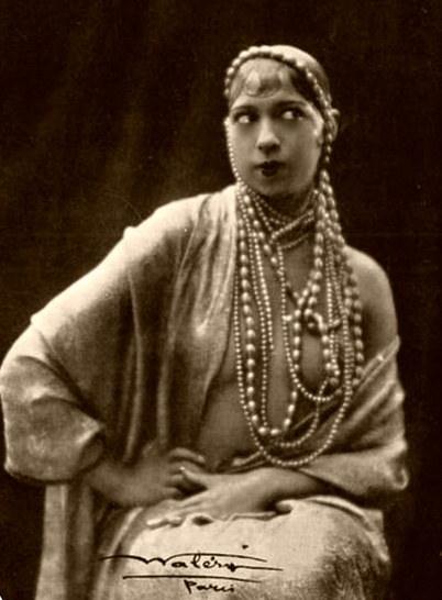 Josephine baker first african american woman to star in a for Josephine baker
