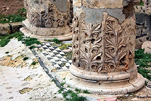 Скульптурный декор колонн «Колонного дворца»