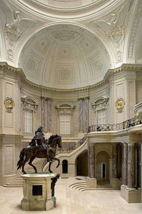 Bode Museum (Entrance Hall), Berlin.  Photographer: Reinhard Görner.