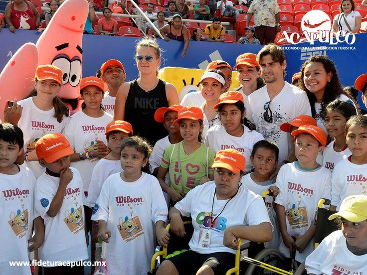 #infoacapulco No podía faltar el Kids Day en el Abierto Mexicano de Tenis de Acapulco. INFO ACAPULCO. Año con año se celebra en Acapulco el Abierto Mexicano de Tenis, así como el Kids Day en el mismo, un día en el que los niños aficionados a este deporte, pueden bajar a la cancha principal para convivir con las estrellas del tenis. Si deseas obtener más información, te invitamos a visitar la página oficial de Fidetur Acapulco.