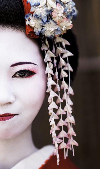 Maiko Henshin  Japanese girl at Sannen-zaka street, Kyoto, Japan by Alex_Saurel, via Flickr  Kimokame.com