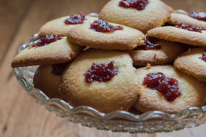Crisp and delicious. A simple recipe for cookies.