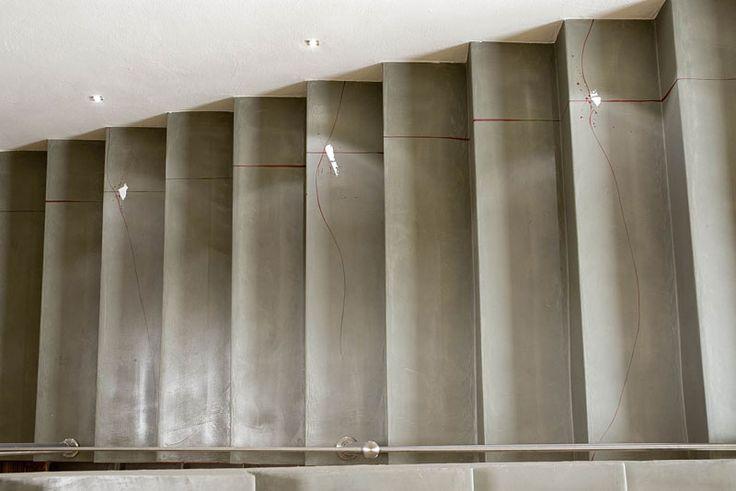 Milano loft – Rivestimenti bagni, pavimenti in resina, scale interni, pareti, porte decorate