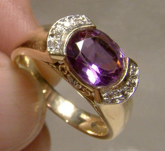 14K Amethyst Diamonds Ring 1980s 14 K Size 5 3/4