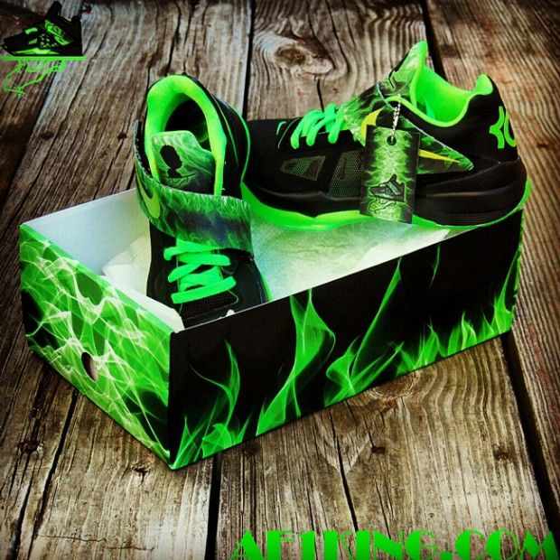 Fun With NIKEiD: Recreating The Nike Zoom KD 4 With The.