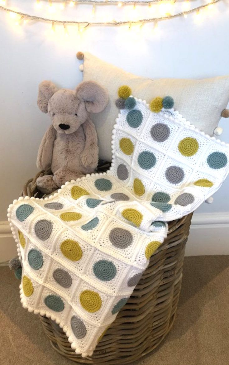 Crochet Pattern + photo tutorial: Circles Baby Blanket