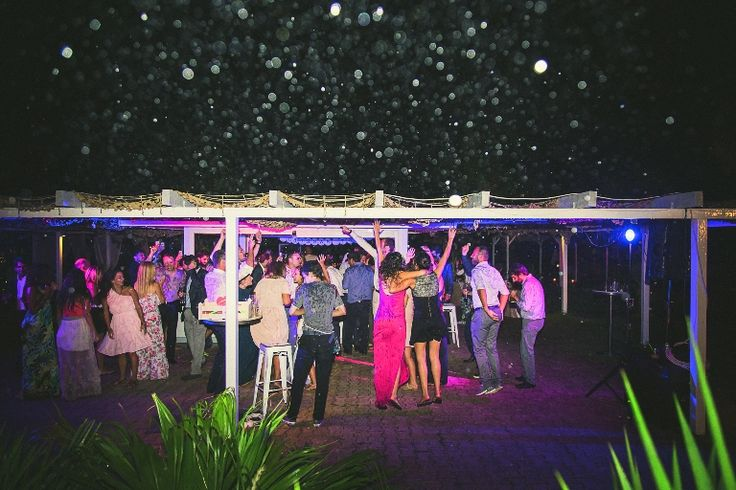 Wedding party under the stars!!! #weddingparty #weddingingreece #mythosweddings #kefalonia
