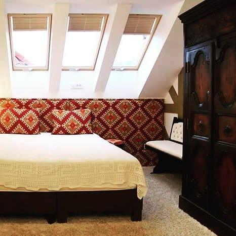 Gânduri la mansarda conacului. #conaculbratescu #bran #boutiquehotel #tripadvisorwinner  #travelromania #transylvania #brancastle
